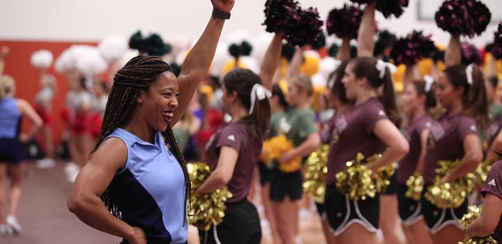 ULM Cheerleaders practice
