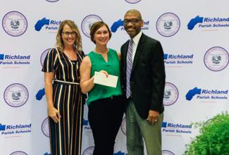 ULM School of Education presents award to Emily Ogden