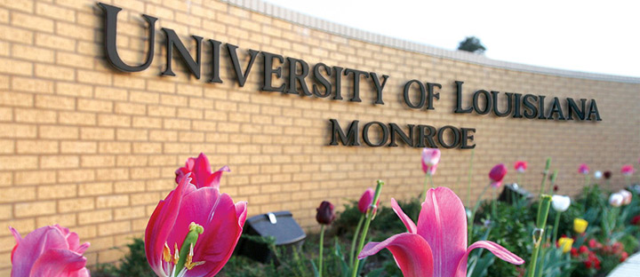 photo of university entrance sign